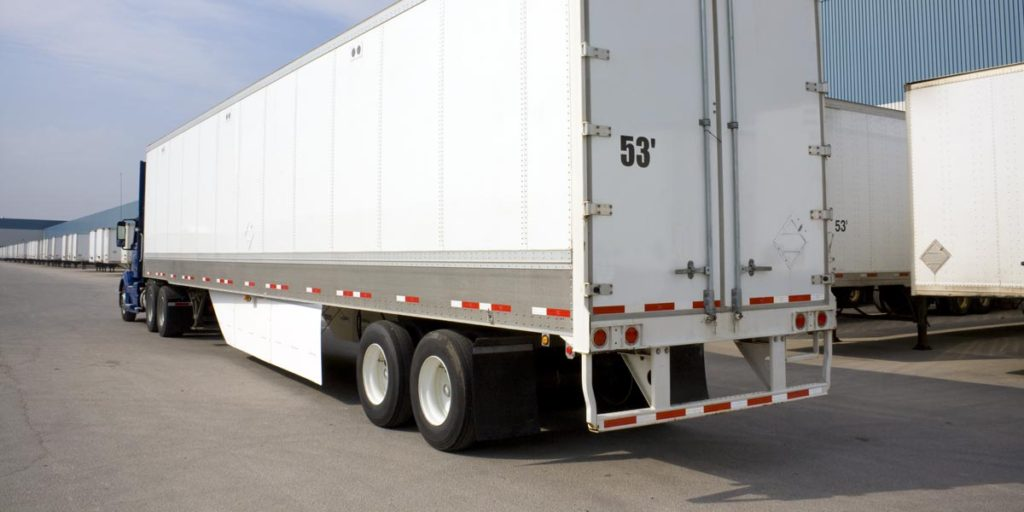 US Trailer Rental Sales Lease and Storage Buys Rents and Repairs All Commercial Trailers Reefers Flatbeds and Dry Vans image_20171206_043844_3