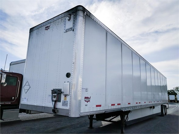 US Trailer Rental Sales Lease and Storage Buys Rents and Repairs All Commercial Trailers Reefers Flatbeds and Dry Vans image_20171206_043844_7