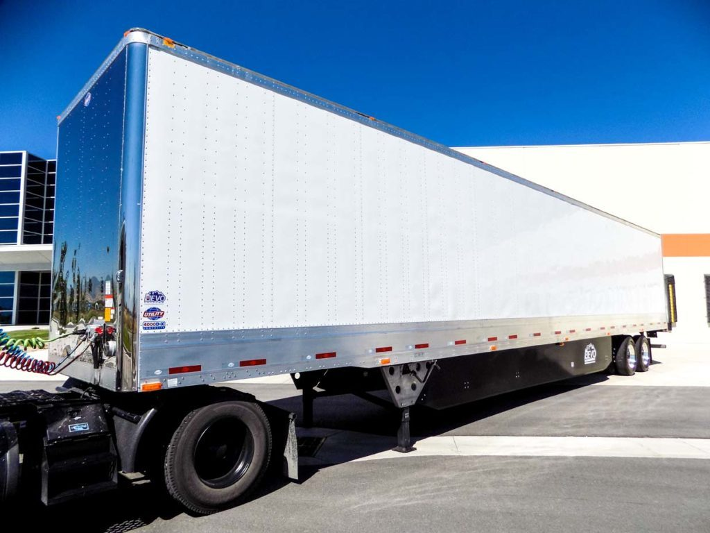 US Trailer Rental Sales Lease and Storage Buys Rents and Repairs All Commercial Trailers Reefers Flatbeds and Dry Vans image_20171206_043856_158